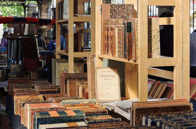 The George Brassens Old and Used Book Market